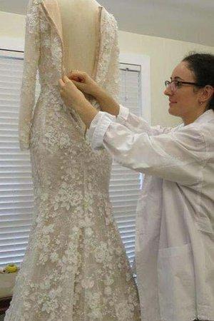 location così fantastica e finire con un abito bianco ancora vergine 9ce2-i4bfq-abito-da-sposa-cerniera-moderno-classico-in-pizzo-stravagante