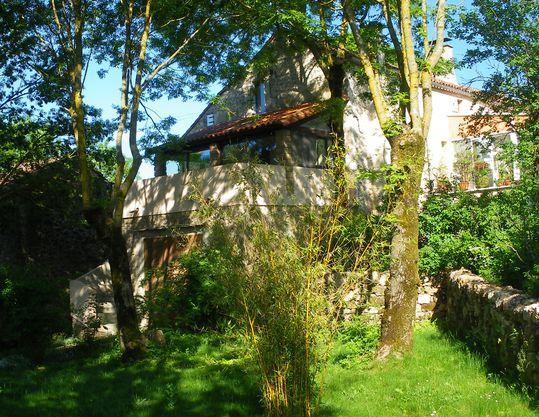 BONNES ADRESSES et idées d'hébergement Vue-du-jardin-539