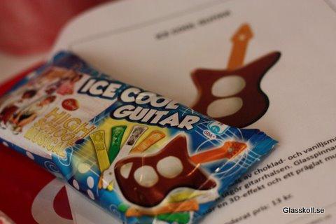 Una de listas: Top helados - Página 4 Ice_cool_guitar1_glasskoll