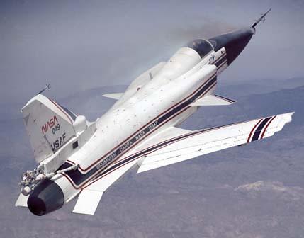 """المقاتلة التجريبية """"سو -47 بيركوت"""" X-29_2"""