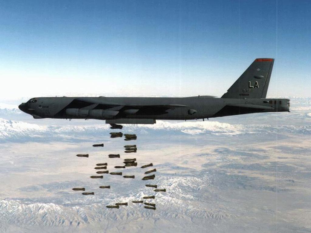 كون جيشك الخاص.... واربح 5 تقيمات  - صفحة 2 B-52_large