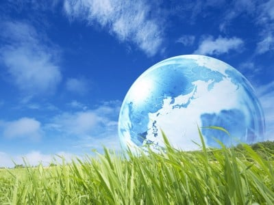 EVERY DAY IS EARTH DAY Plan%C3%A8te-400x300