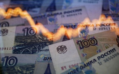 From Energy War to Currency War: America's Attack on the Russian Ruble %E2%82%BD-400x249