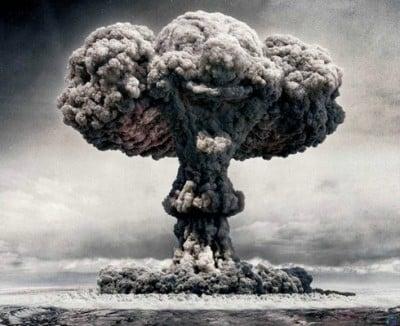 Rasage Traditionnel : organisation et identité graphique - Page 5 Hiroshima-bombe-champignon-400x326