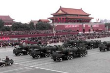 أربعة نمور صينية أثارت الذعر ببلاد العم سام - صفحة 2 DF-21-4-s