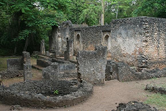 Le rovine dell'antica città di Gede Gedeewatamu_KN02GE002