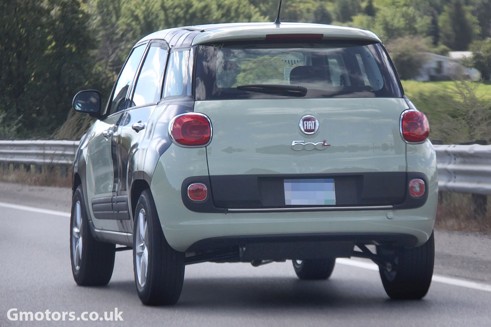 2014 - [Fiat] 500X - Page 5 New-Jeep-small-SUV-chassis-testing-mule-7