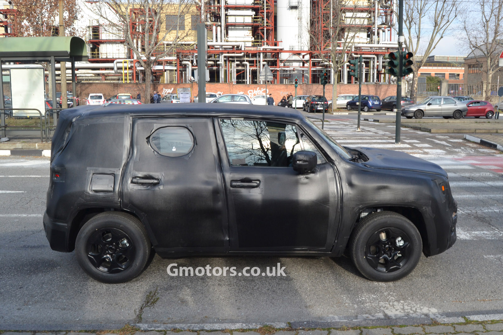 2014 - [Jeep] Renegade - Page 3 2015-Jeep-Jeepster-crossover-12