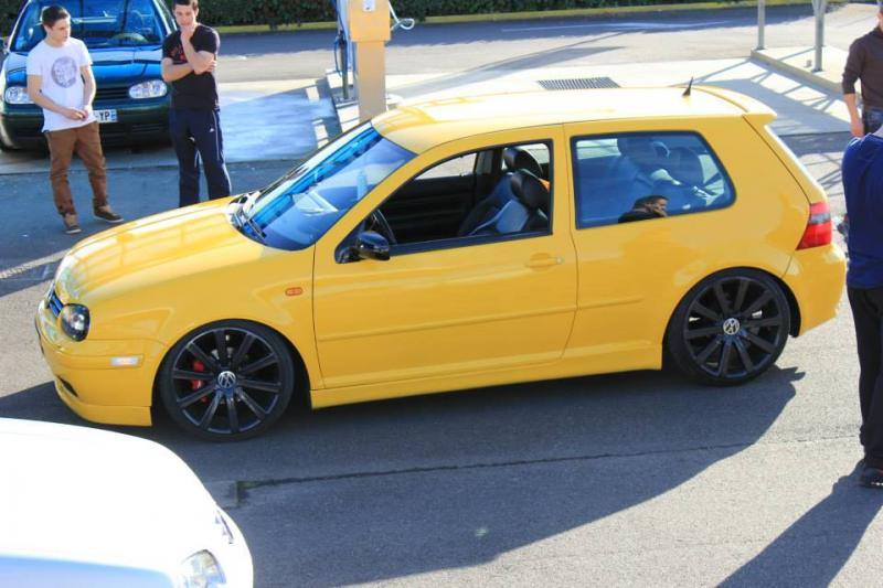[ GOLF IV ] Yellow Project By Mini ( new wheels + divers ) - Page 2 2014_02_28_10_39_13_1653572_10203338579883185_919289951_n