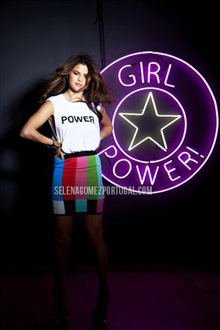 Selena Gomez. OuttakeSeventeen024