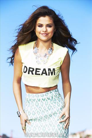Selena Gomez. OuttakeSeventeen029