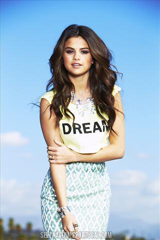 Selena Gomez. OuttakeSeventeen033