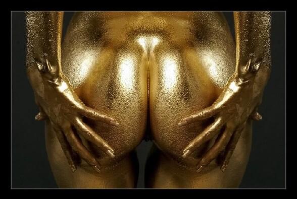 Callipyges signifie ayant de belles fesses Gold-ass-des-fesses-dorees-cul-en-or