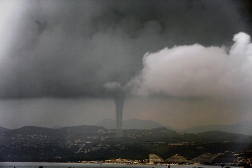 Vidéo : Signes de la Fin des Temps-Juin 2016- météo extrême, etc... Me%CC%81te%CC%81o-extre%CC%82me