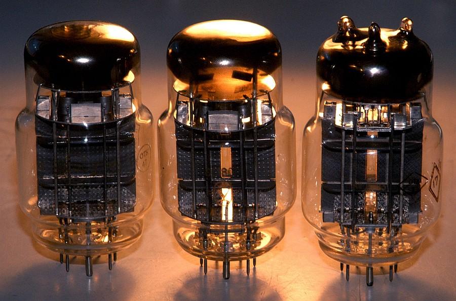 Amplificadores a valvulas com aspecto invulgar - Página 3 6c18c_6c33c