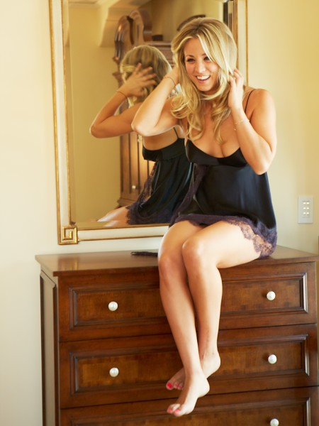 Have we ever talked about the smoldering pile of shit that is the big bang theory? Kaley%20Cuoco%20-%20Esquire-01