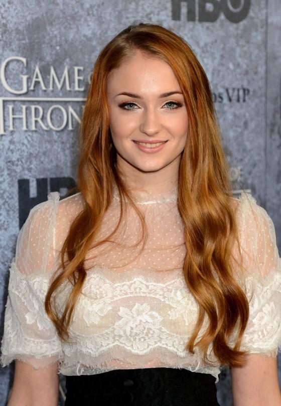 Redhead thread (18+) Sophie-Turner---Game-of-Thrones-Season-3-Premiere--03-560x809