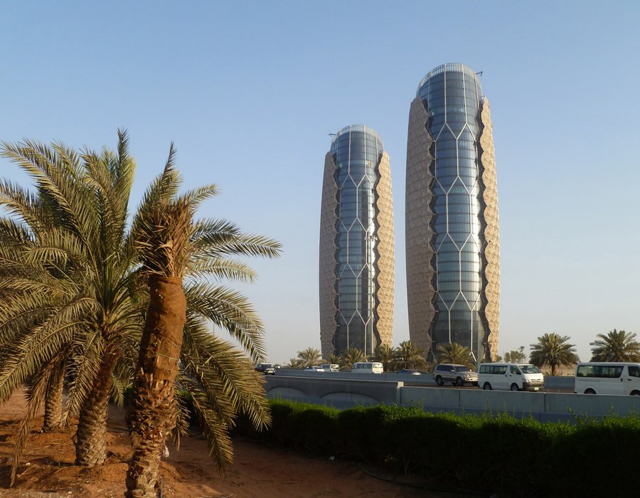 Najlepše svetske građevine - Page 3 Al-Bahar-Towers1_498438S0