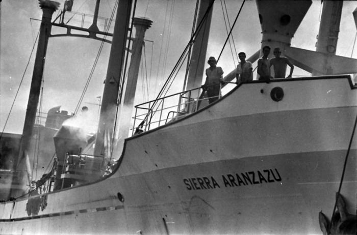 Relaciones Cuba-España en el Franquismo F0018106