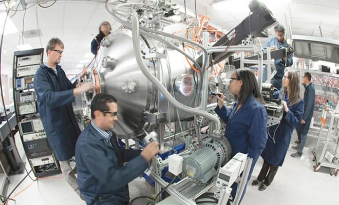 Science Lockheed Martin dit pouvoir fabriquer un réacteur à fusion nucléaire compact Fusion-660x400