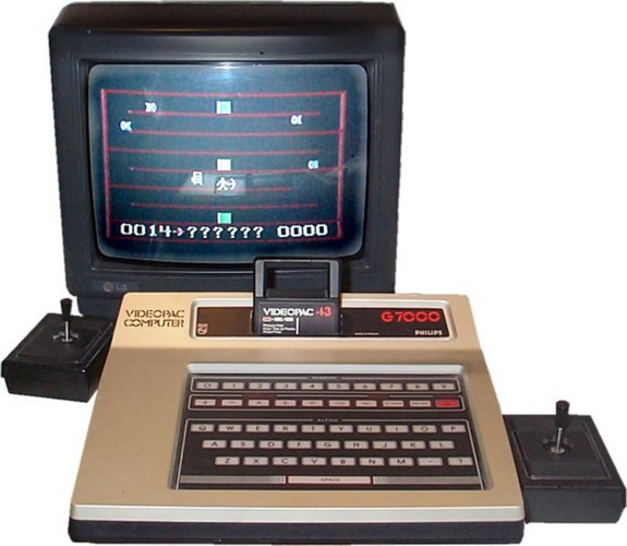 Quel a été votre première console ou ordi rétro et vos 1er jeux ? - Page 2 Videopac01