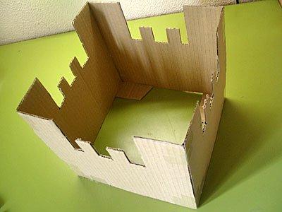 Castillo de fantasía con cajas de cartón, manualidad infantil Manualidades_castillo_carton_2