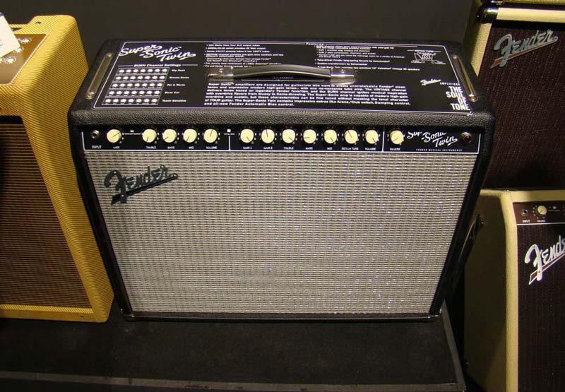 Gallerie Amplis Fender & Clones 2081-big-fender-super-sonic-twin-big