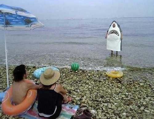 Ya no me puedo bañar tranquilo Disfraz-de-tiburon