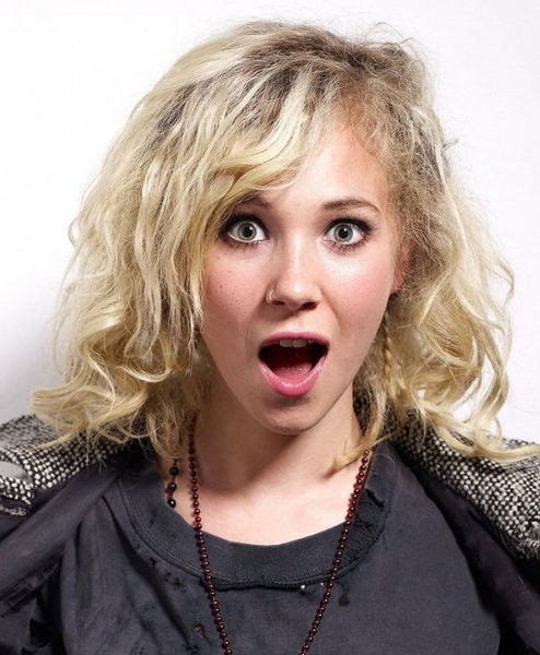 Andre lande Juno_temple_hairstyle_2