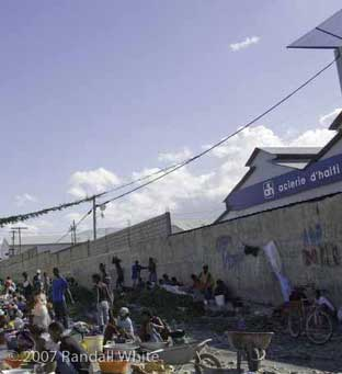 Haiti's wealthy prosper while the poor decline 01