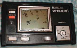 Meilleurs jeux Game & Watch ? Bandai-ZaxxonLCDOn