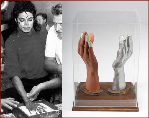 Le mani di Michael - Pagina 2 Michael-jackson-hand-casts