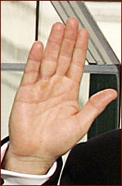 The hands of 10 US presidents! President-george-w-bush-right-hand