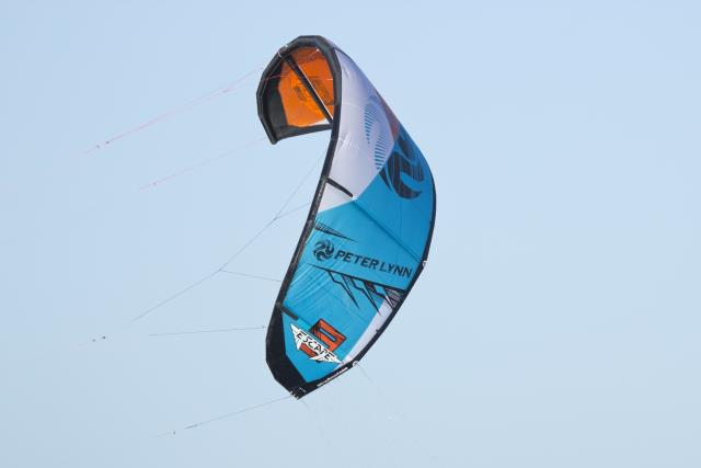 Nouvelle Peter Lynn Escape 2013 - Kite Polyvalent il y a 48  485153_10151393164717906_1888524305_n