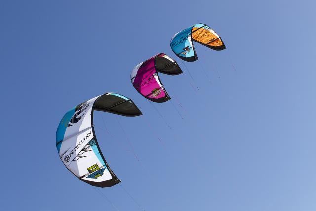 Nouvelle Peter Lynn Escape 2013 - Kite Polyvalent il y a 48  579542_10151393088002906_872150671_n
