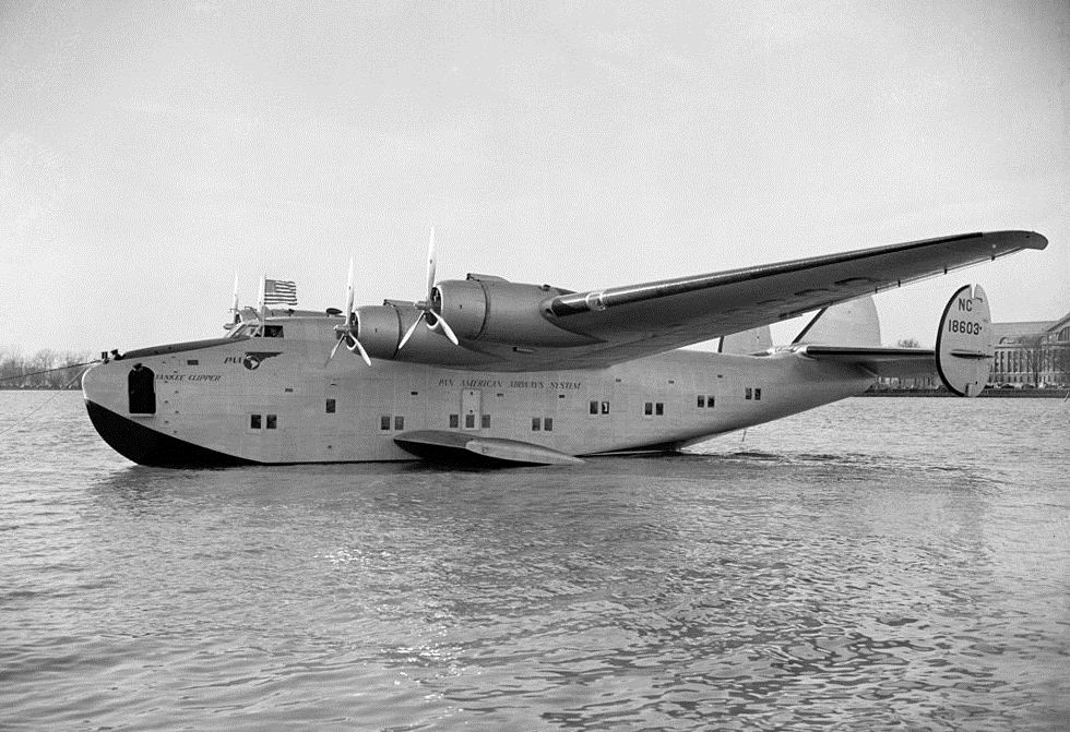 "Boeing 314 ""Dixie Clipper"" 1939-1950 (/1/144 Minicraft) Boeing_314_Yankee_Clipper_1939"