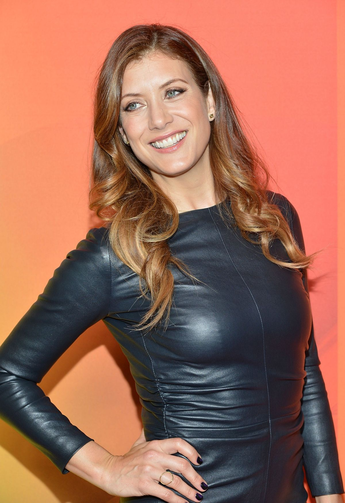 Señoras estupendas. Madurez sexy - Página 10 Kate-walsh-at-nbc-upfront-presentation-in-new-york_1