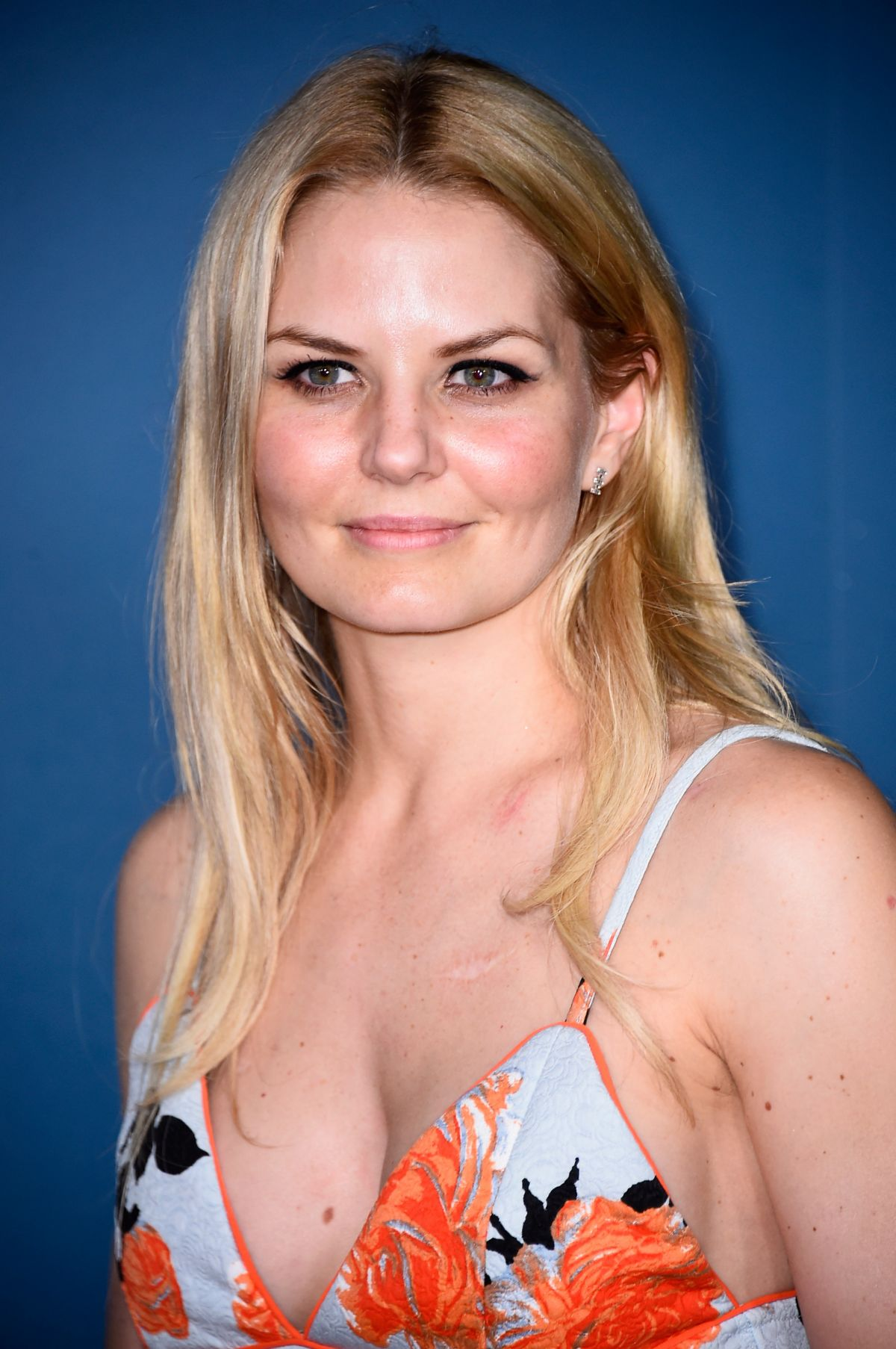 Les sosies du catch Jennifer-morrison-at-playboy-party-at-comic-con-in-san-diego_1