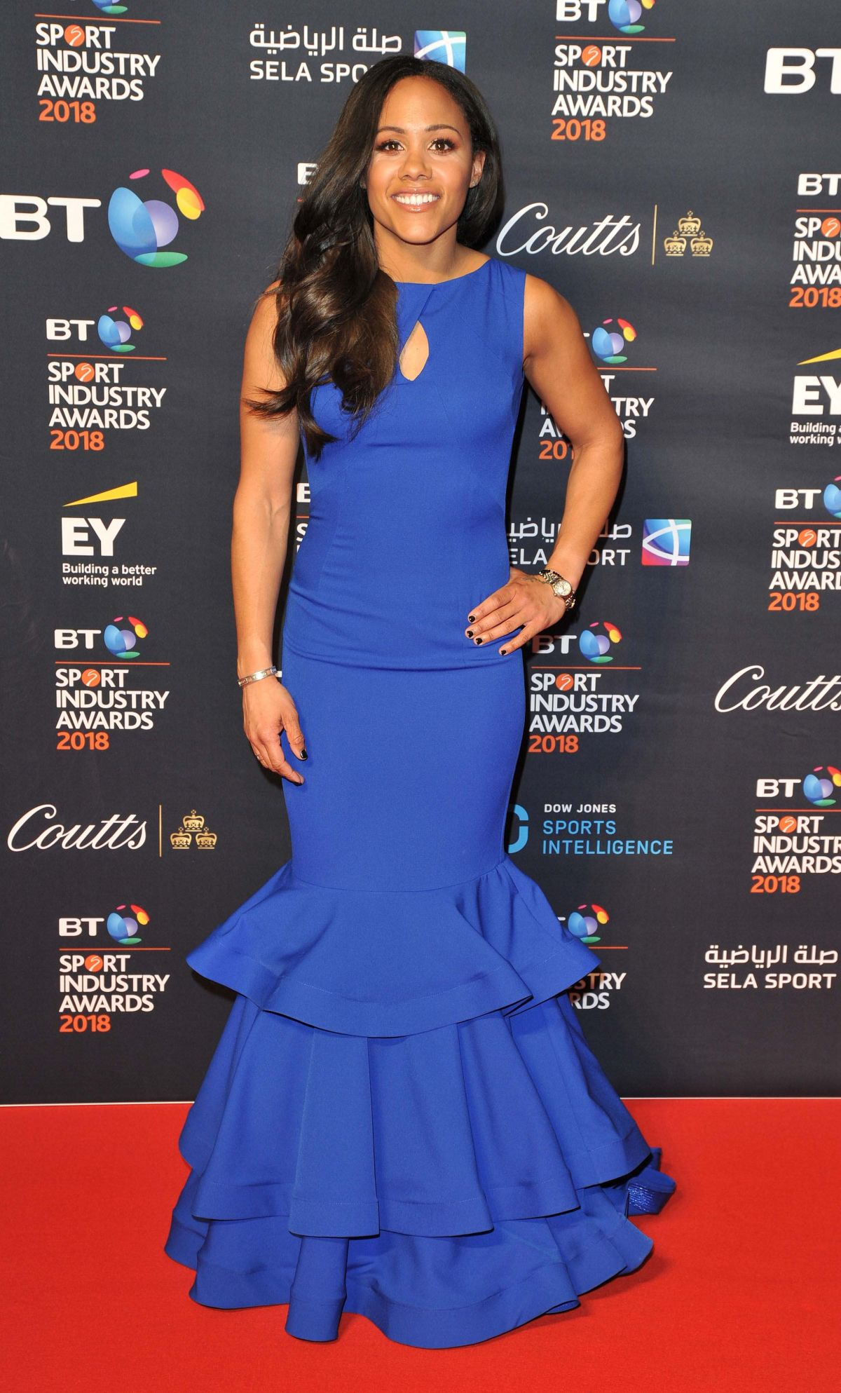 ¿Cuánto mide Alex Scott? - Real height Alex-scott-at-bt-sport-industry-awards-in-london-04-26-2018-6