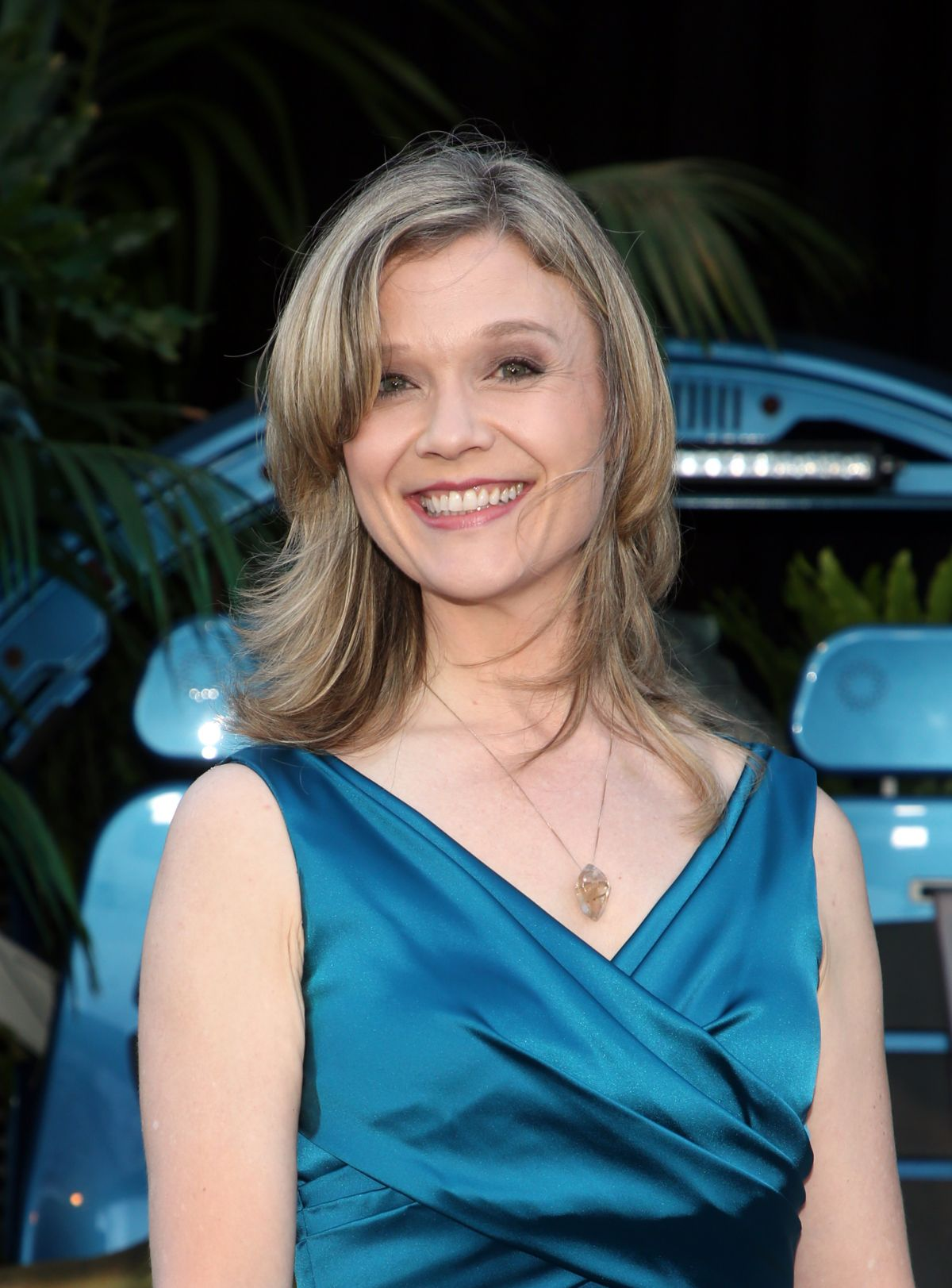 ¿Cuánto mide Ariana Richards? - Real height Ariana-richards-at-jurassic-world-fallen-kingdom-premiere-in-los-angeles-06-12-2018-4