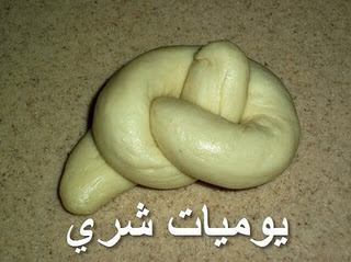 طريقة عمل خبز بعدة اشكال 81372hayah