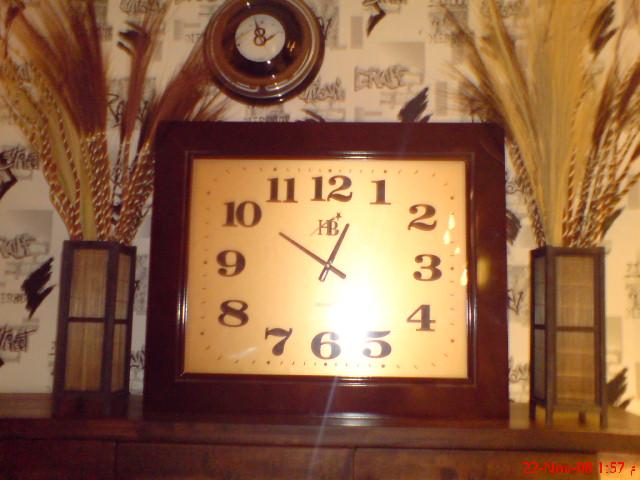 ساعات الحائط  رهيبه واشكال مختلفه 26405