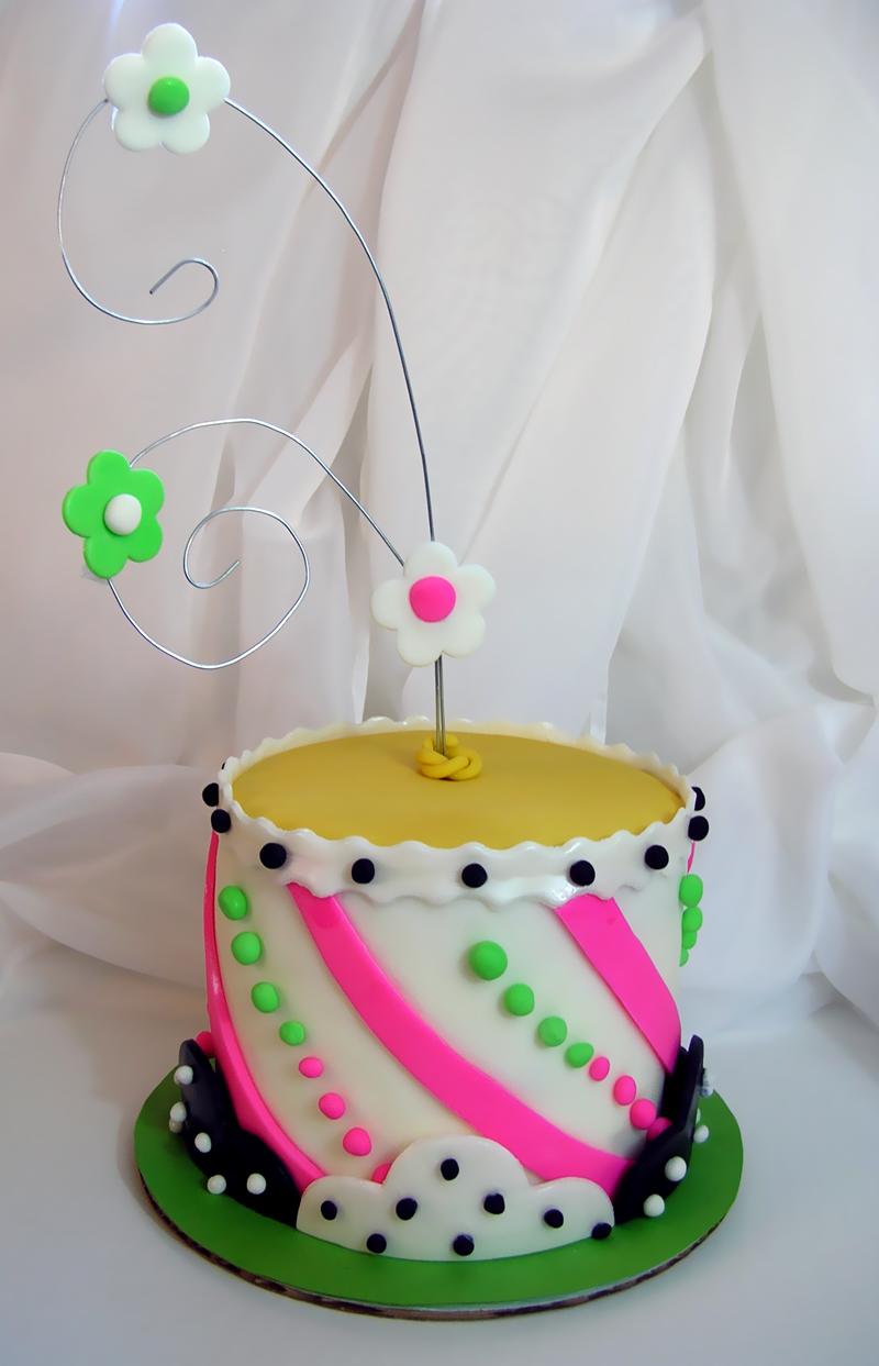 تعالوا نحتفل بعيد ميلاد moon  (القمر) Whimsy%20800