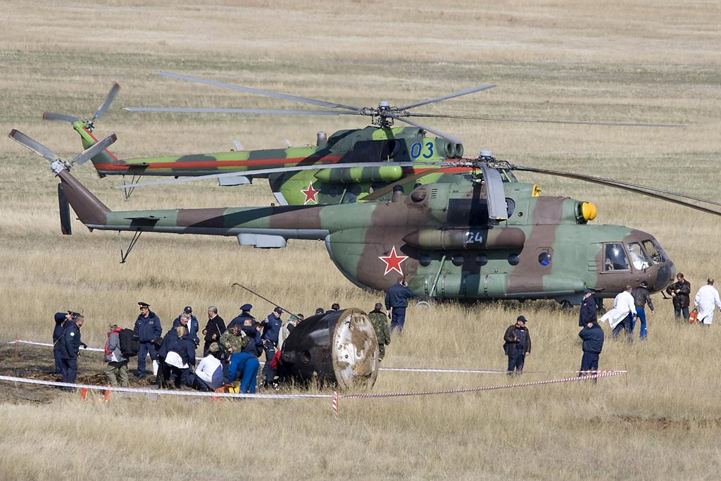 المروحيه العتيده Mil Mi-8 HIP  Mi17_RA_24white_1