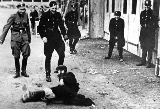 La Shoah : Aux origines du génocide par André Larané (Hérodote.net) Juif_Lodz