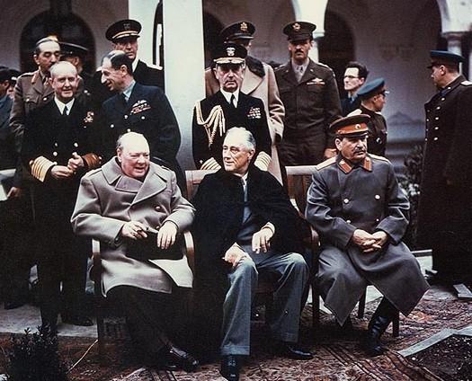 Les muets ont aussi le droit à la parole. - Page 8 Yalta