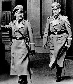 Les lois mémorielles - Page 3 Himmlerheydrich