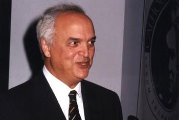 سفير المغرب السابق بأمريكا عبد الله معروفي في ذمة الله Abdellahelmaaroufi