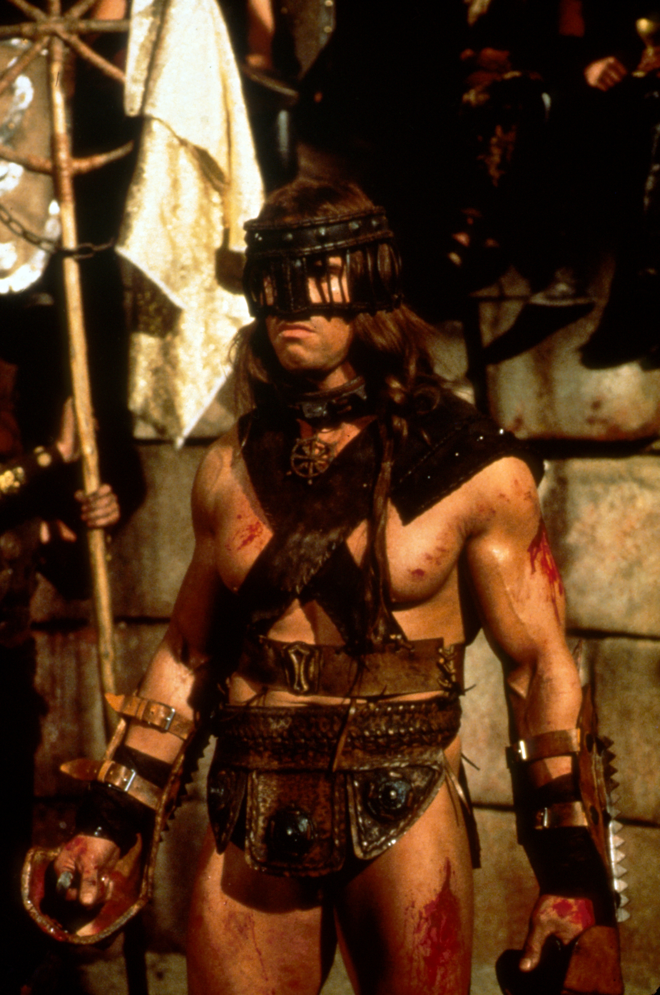 A better Image of old pit fighter still Conan-The-Barbarian_780c0ccc
