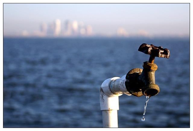 [JUEGO] PERSONAJES HISTÓRICOS - Página 12 Water-Supply